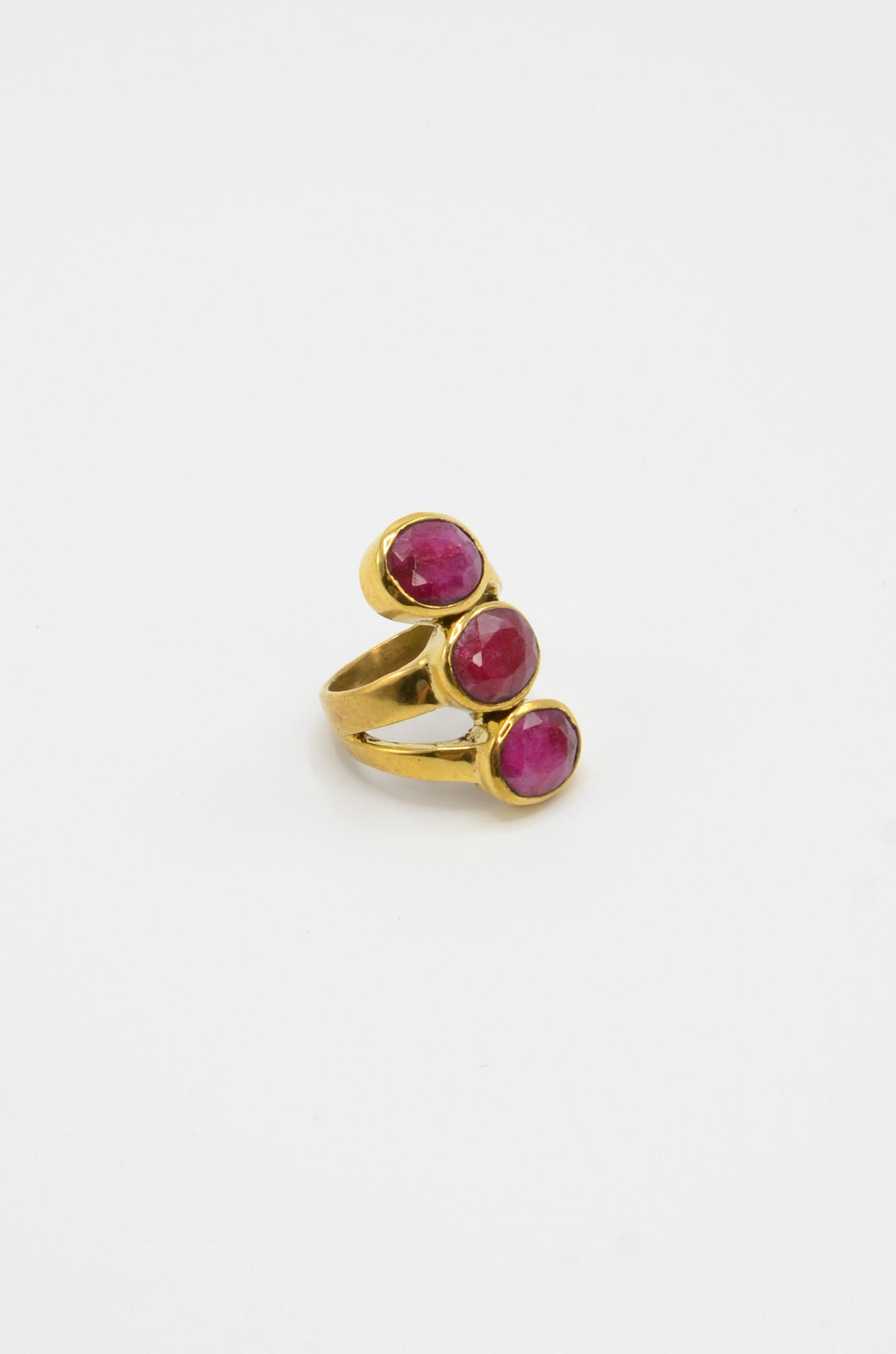 TRIPLE PINK AGATE BRASS RING-1