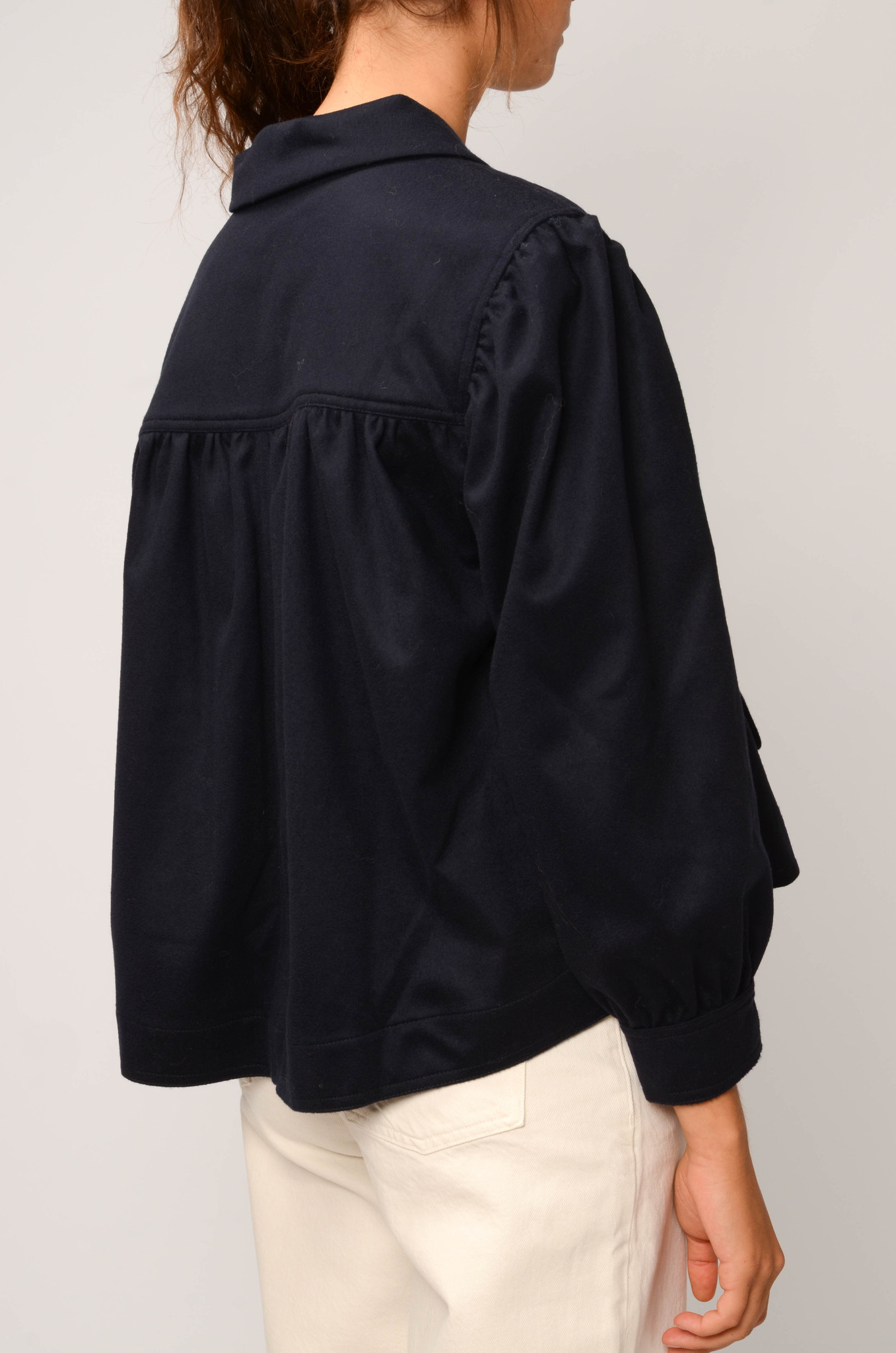 CATHERIN BLOUSE IN NAVY-4