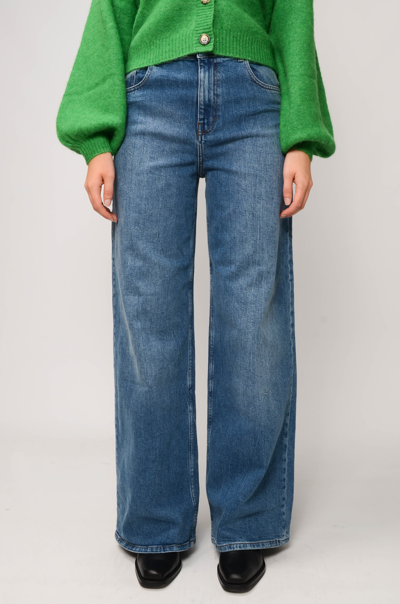 NINI JEANS IN WASHED DENIM-1