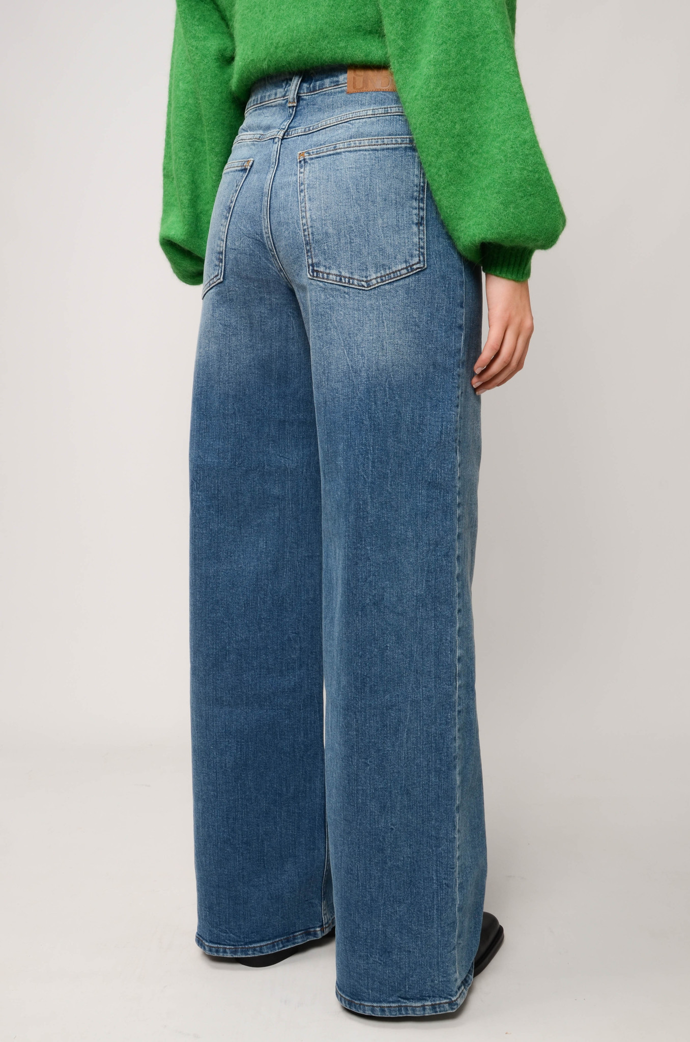 NINI JEANS IN WASHED DENIM-4