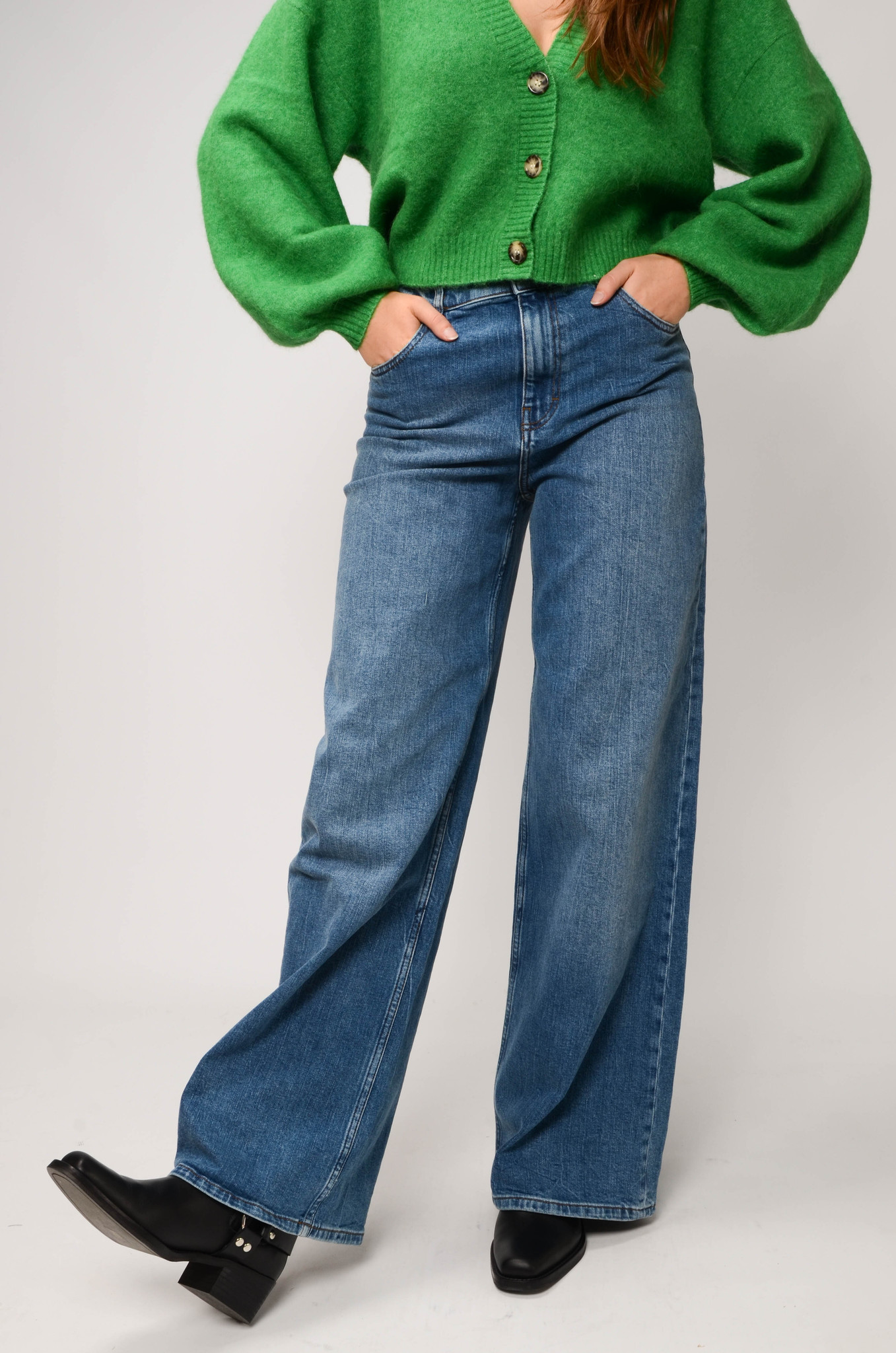NINI JEANS IN WASHED DENIM-5