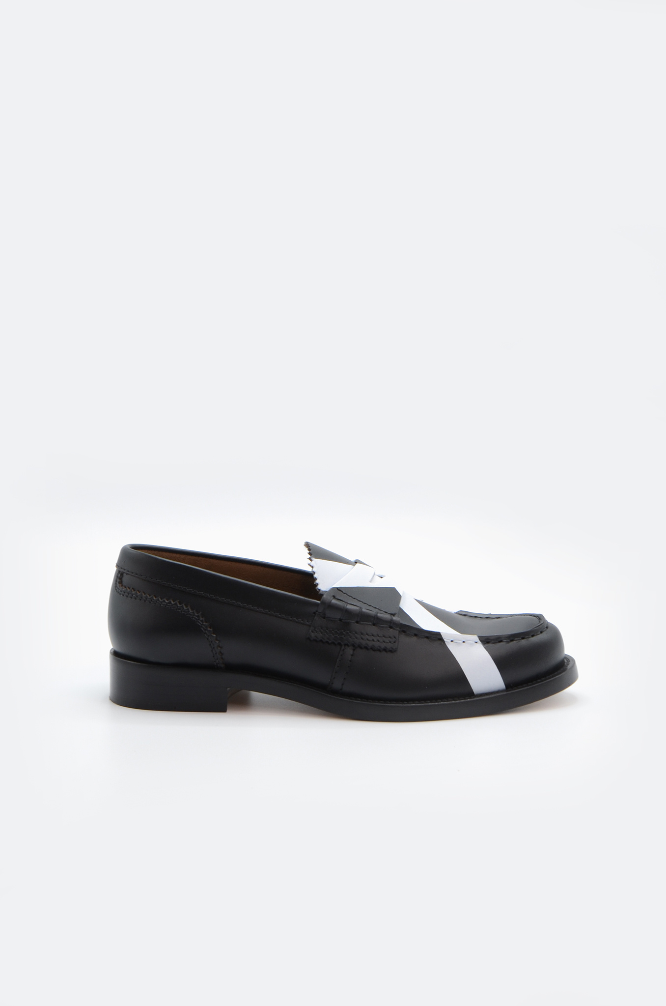 PENNY LOAFER IN BLACK X WHITE-1