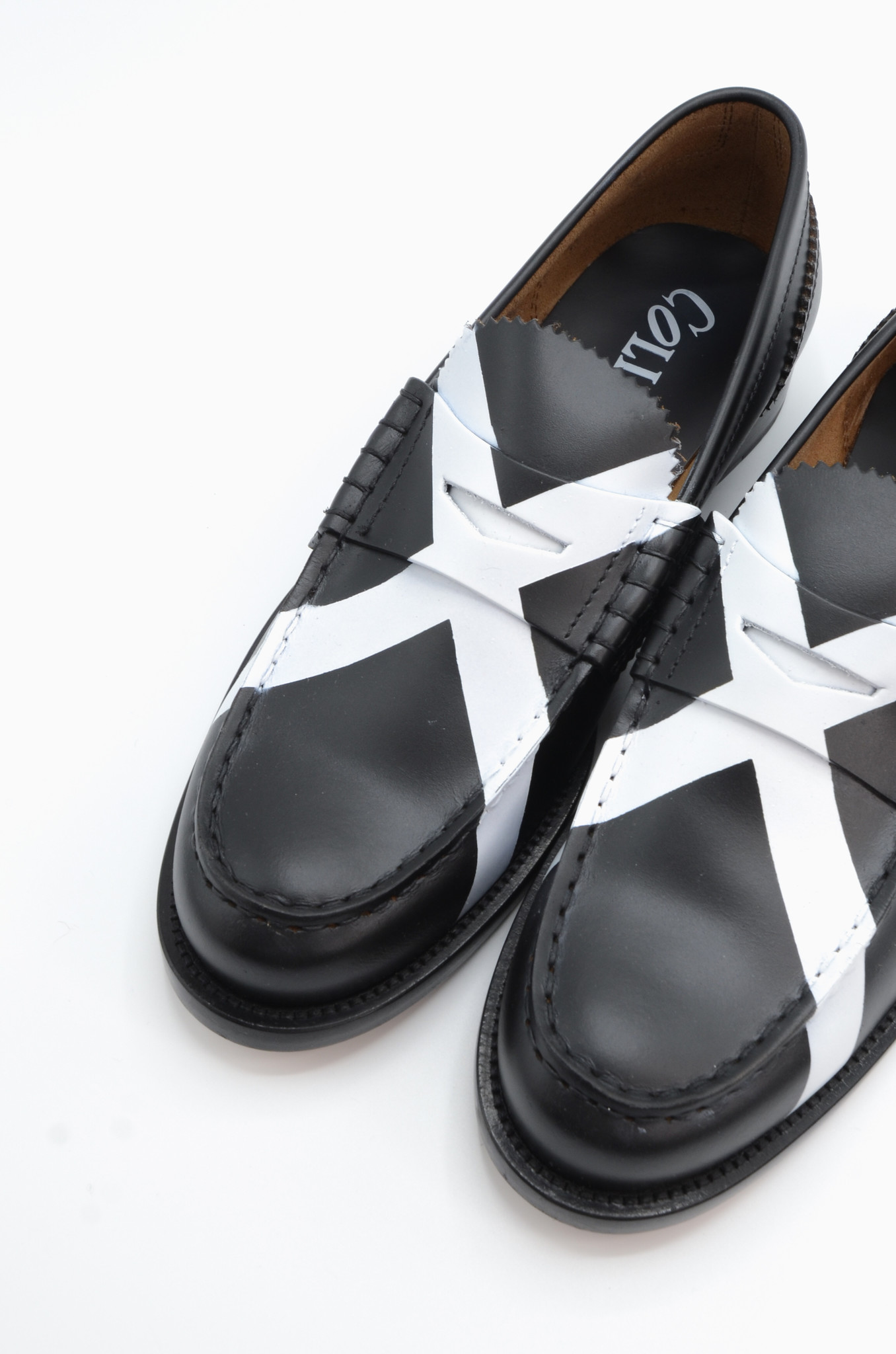 PENNY LOAFER IN BLACK X WHITE-6