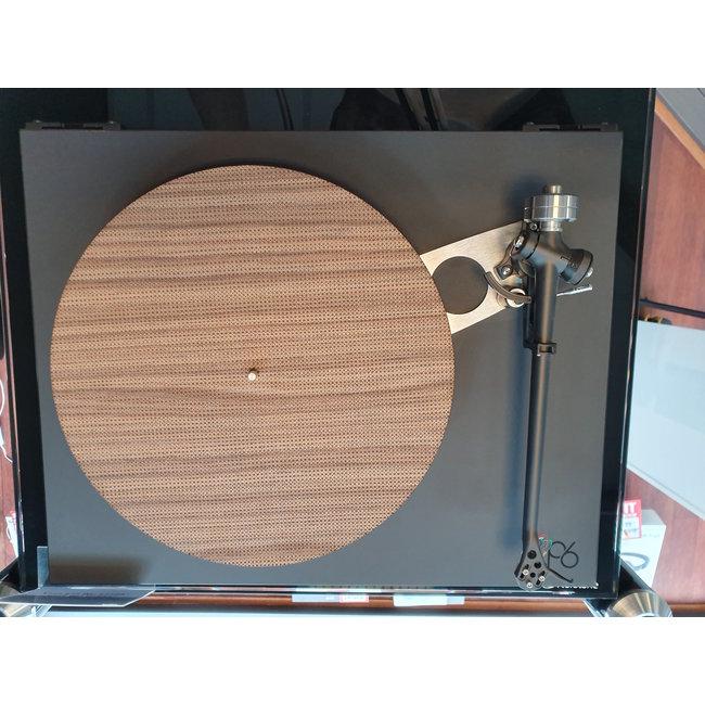 SONIC VOICE Sonic Voice houten platenspeler mat