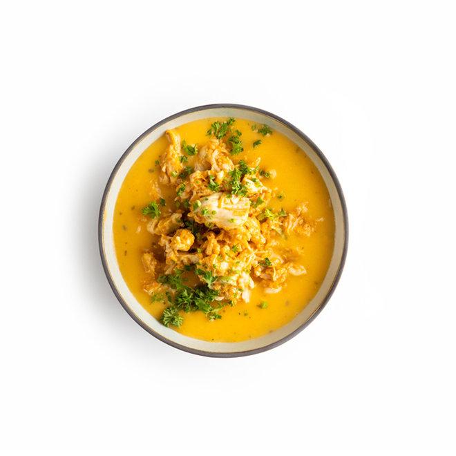 Zoete Aardappelsoep met kip/ gember/kokos en specerijen