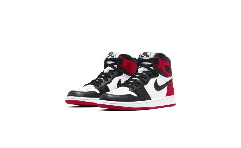Jordan Air Jordan 1 High 'Satin Black Toe' (W)