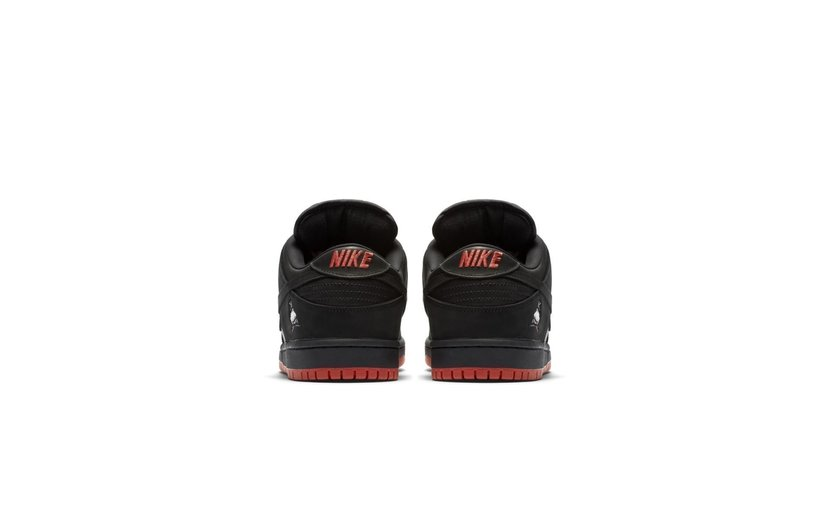 Nike SB Dunk Low 'Black Pigeon'