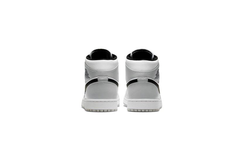 Jordan Air Jordan 1 Mid 'Light Smoke Grey'