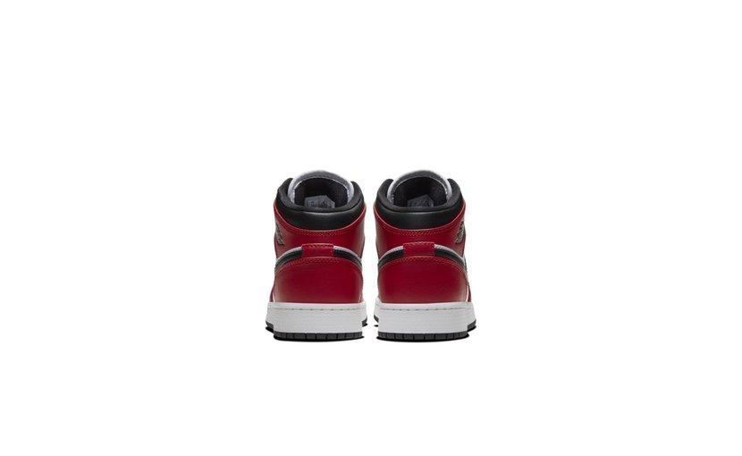 Jordan Air Jordan 1 Mid 'Chicago Toe' (GS)