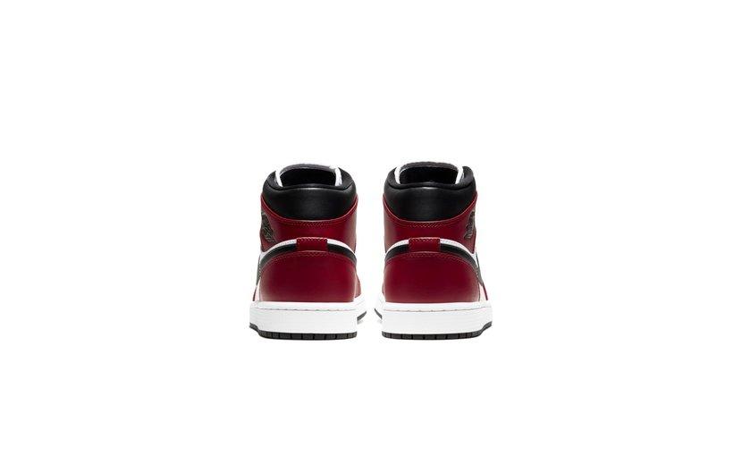 Jordan Air Jordan 1 Mid 'Chicago Toe'