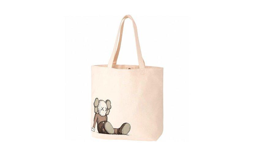 Uniqlo KAWS Holiday Tote Bag 'Natural'