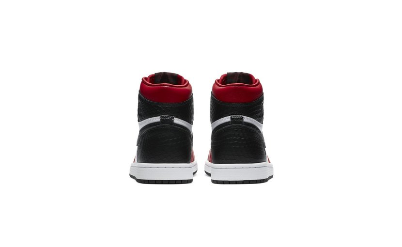Jordan Air Jordan 1 High 'Satin Snake Chicago' (W)