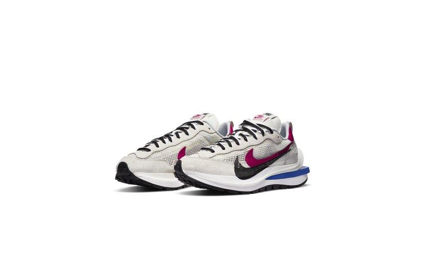 Nike Vaporwaffle 'sacai Sport Fuchsia Game Royal'
