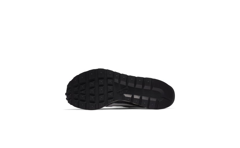 Nike Vaporwaffle 'sacai Black White'