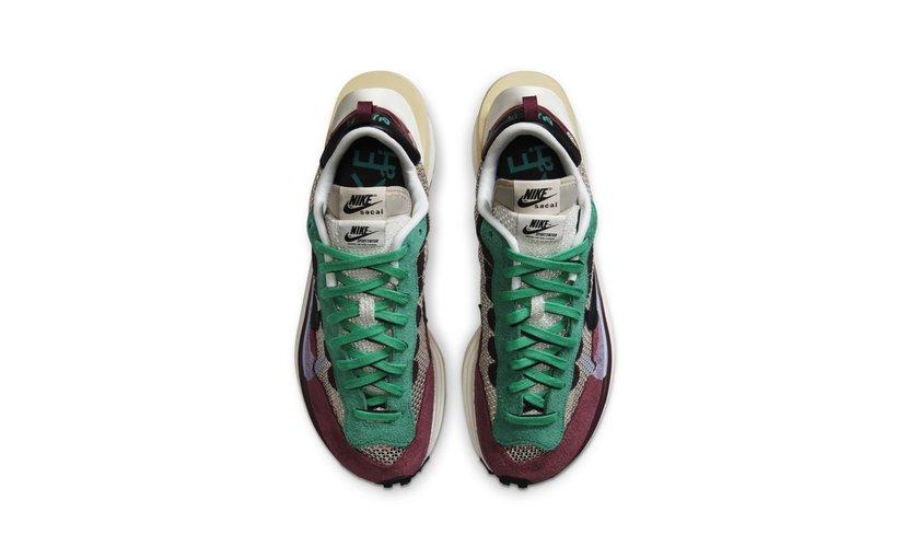 Nike Vaporwaffle 'sacai Villain Red Neptune Green'