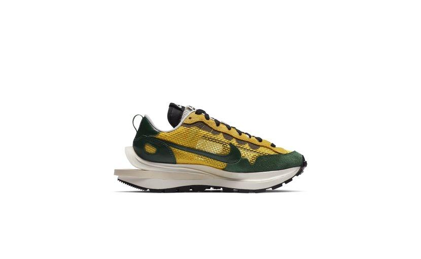 Nike Vaporwaffle 'sacai Tour Yellow Stadium Green'
