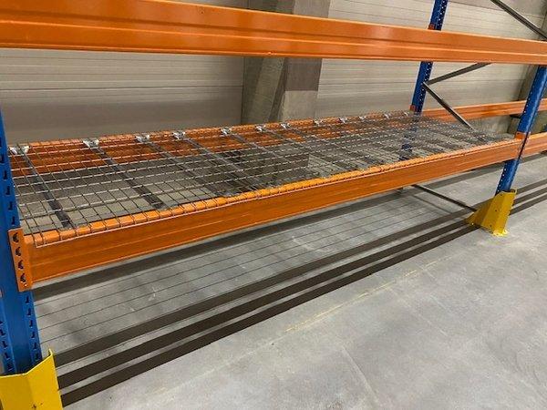 Gaaslegborden 880x1100mm verzinkt 500kg