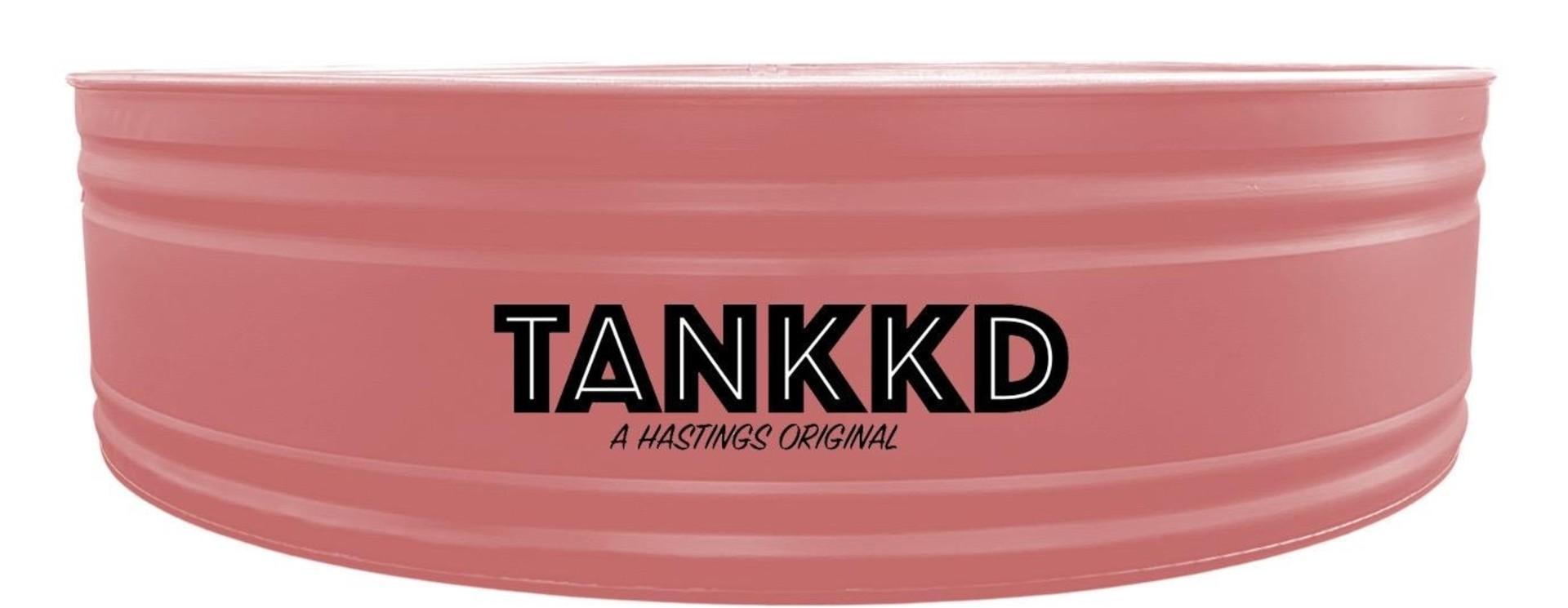Tankkd/Hastings stock tanks  peints