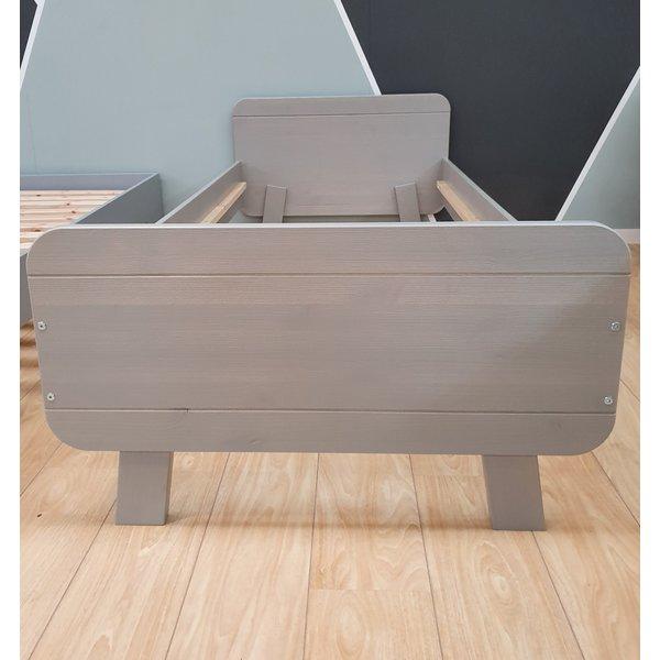 Bed Massie grenen warm grijs 90 x 200 cm