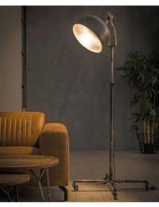 Vloerlamp Industry op Wieltjes