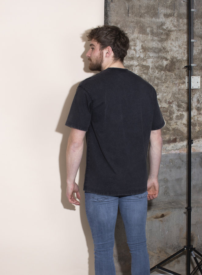 Carhartt Men - S/S Mosby Script - Black Acid Wash