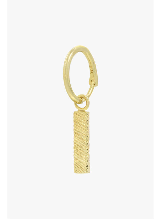 WILDTHINGS - Texture bar earring gold (Per piece)