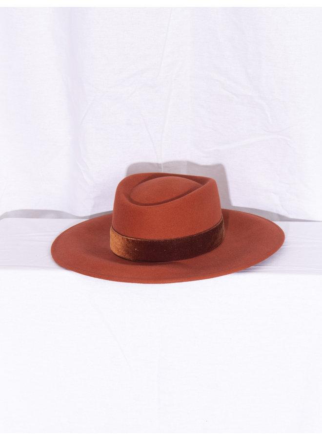 Hat - Rust