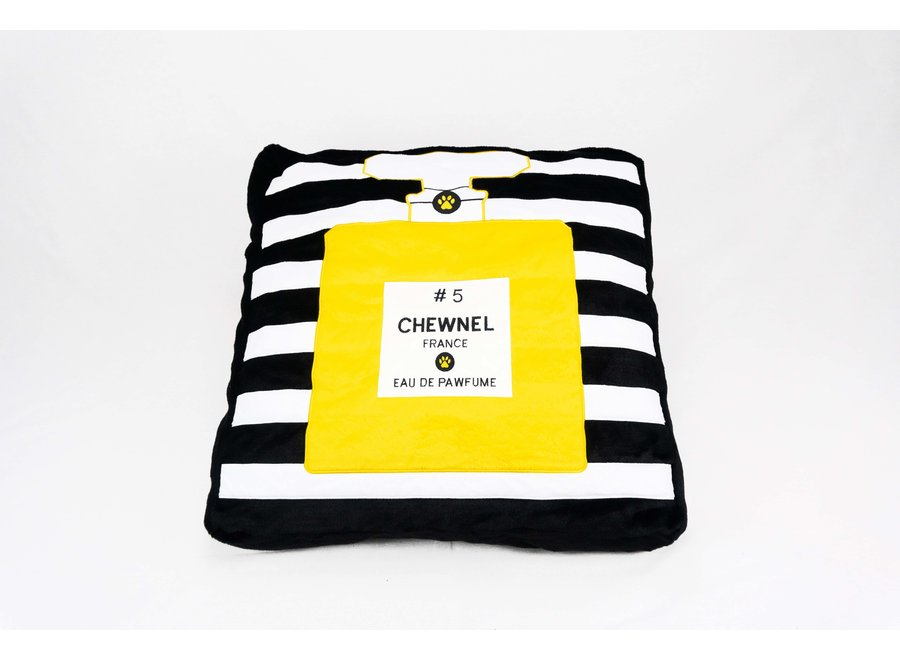 Chewnel Bed