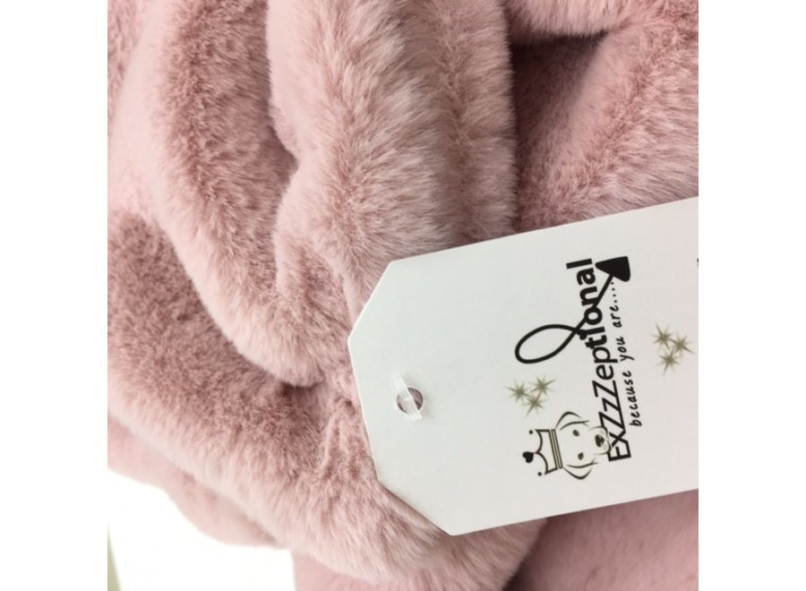 Cozzzie Luxe Blanket Inanna M