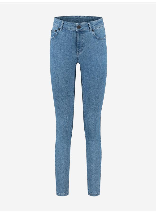 Betty denim jeans (light blue)