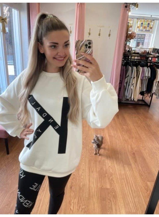 KK active college sweater oversized (Off white)
