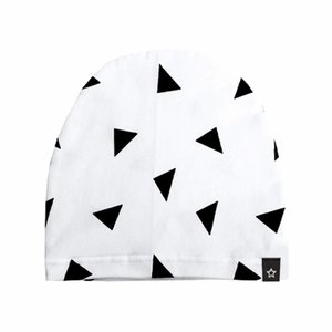 YOUR WISHES unisex beanie monochrome triangles