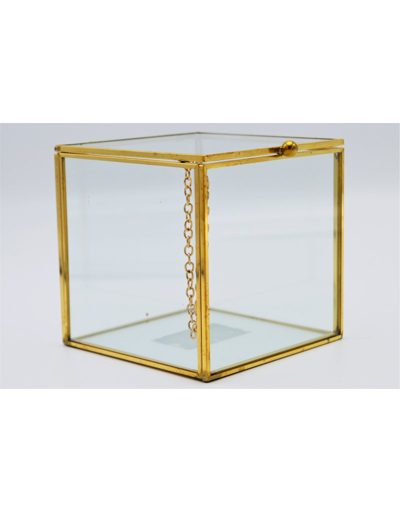 . Display box gold  large 10x10x10 cm (LxWxH)