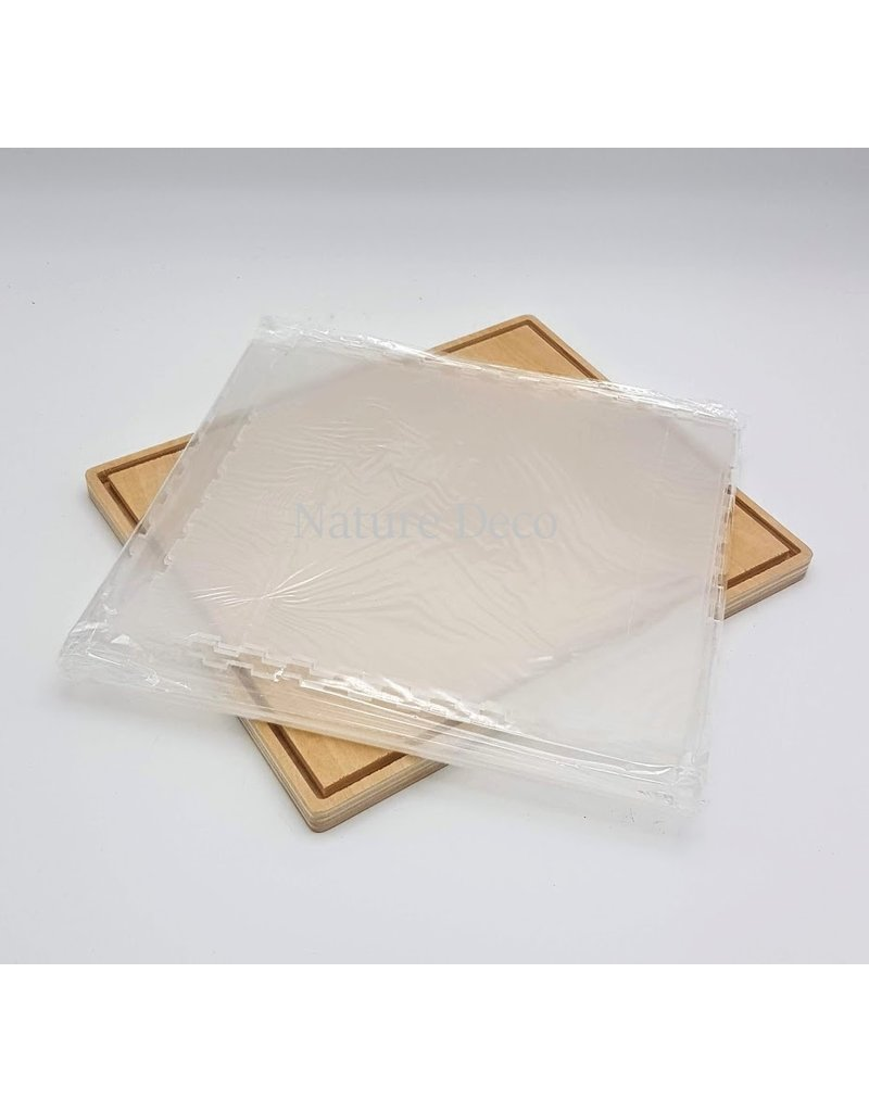 .  Plexiglass dust cover 24.6 x 20.2 x 21.6 cm