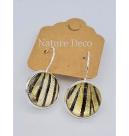 Nature Deco Earring hanging Idea