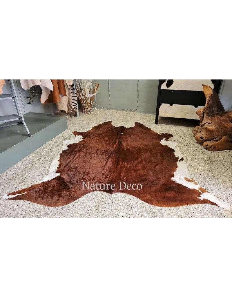 . Cowhide Brown-white 202 x 205cm