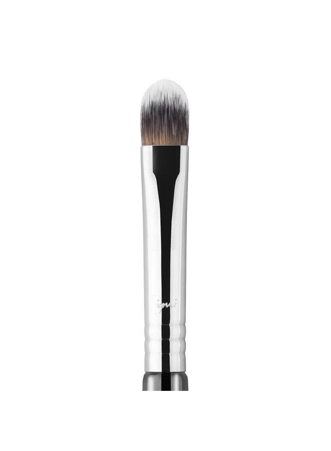 Sigma Concealer Brush F70 – Black/Chrome