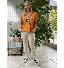 T-Shirt Kay Felisa Jacqueline de Yong Lipstick