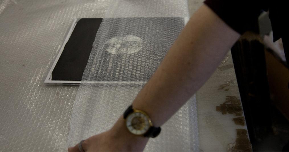 Kunstwerken inpakken? Gebruik noppenfolie