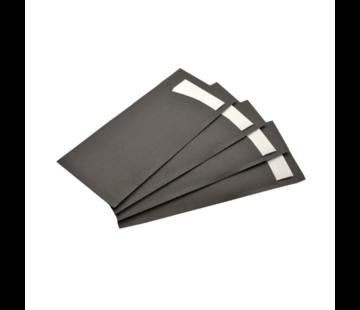 Bestekzak zwart met witte servet - 600 stuks / €0.07 per stuk