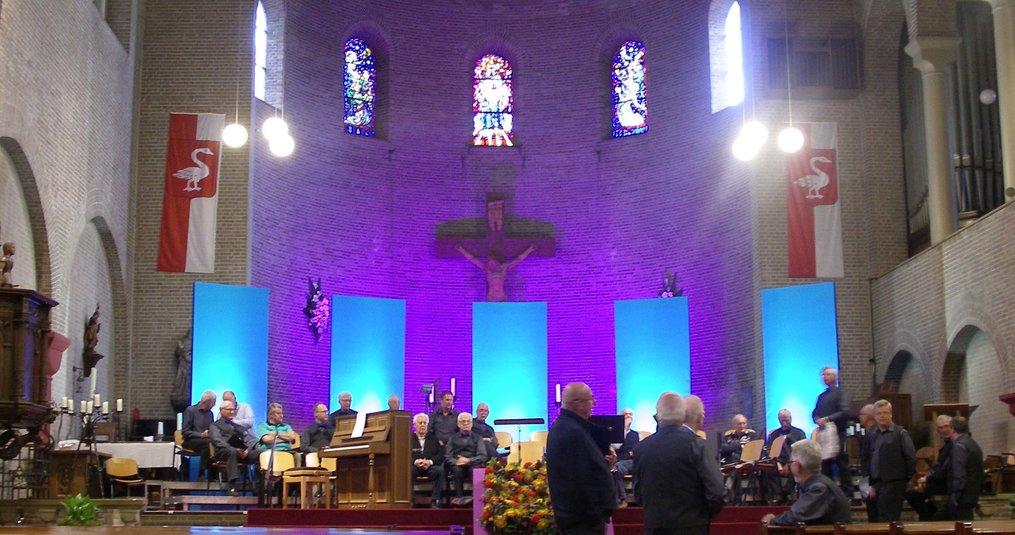 LED Bouwlampen als achtergrondverlichting in de kerk