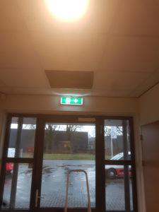 LED noodverlichting gemonteerd
