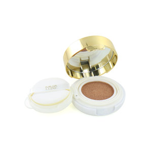 Luxe Glow Beam Liquid Highlight Cusion - Gold