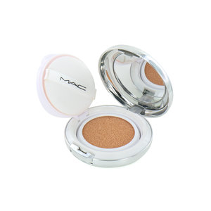 Quick Finish Cushion Compact Lightful C + Coral Grass - Light Plus Rose (LSF 50)
