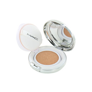 Quick Finish Cushion Compact Lightful C + Coral Grass - Extra Light Rose (LSF 50)