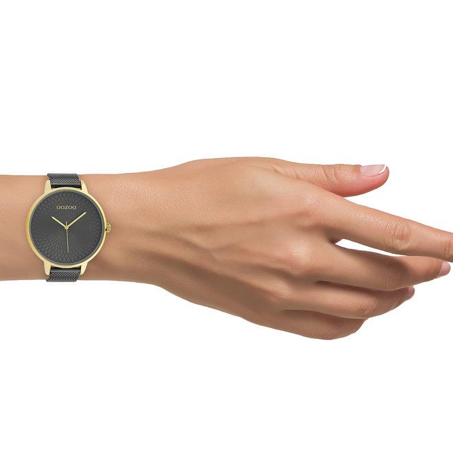 OOZOO Timepieces - dames  - mesh band titanium  met goud  horlogekast