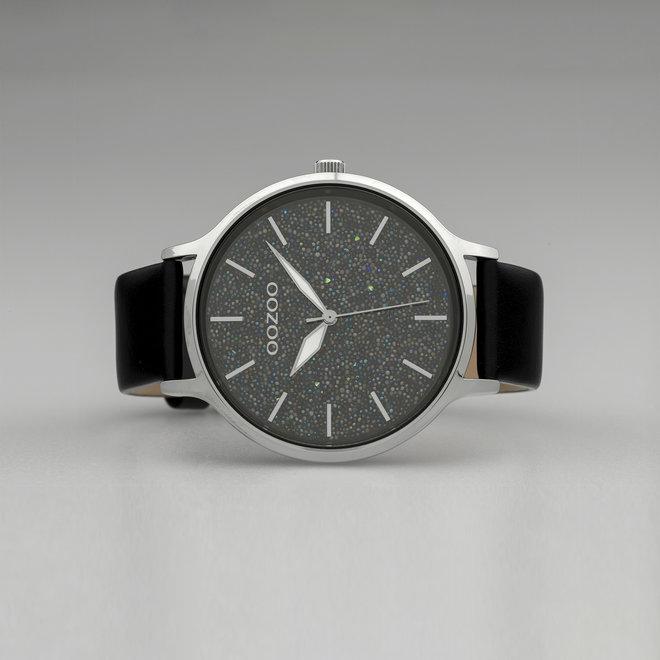 OOZOO Timepieces - femmes - bracelet en cuir noir avec un boîtier en argent