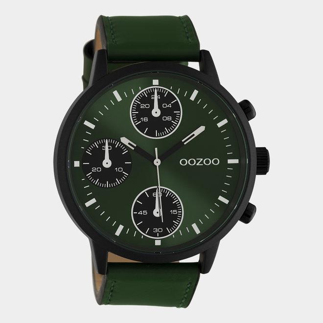 OOZOO Timepieces - hommes - bracelet en cuir vert foncé avec un boîtier en noir