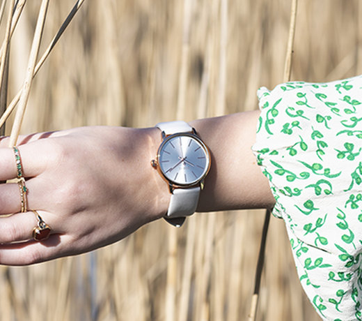 The best OOZOO Timepieces designs for women in beautiful colors with special details.
