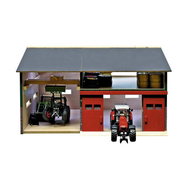 Kidsglobe Kids Globe Landmaschinen-Scheune mit Werkstatt 1:32